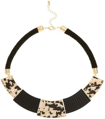 Black Shell Rope Necklace - Newlook