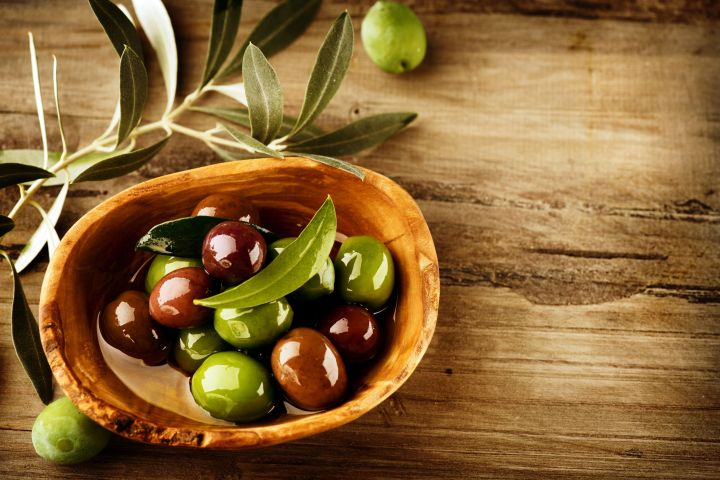Olives-and-Olive-Oil.jpg